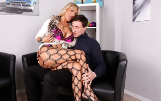 Hot German housewife shafting yon her lover