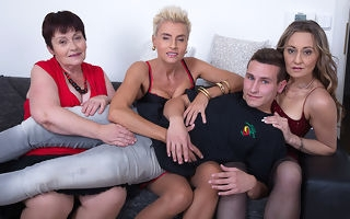 Four adult sluts allotment one hard cock about a foursome