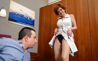 Simmering housewife screwing with an increment of sucking her working girl