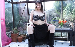 Fat breasted British housewife masturbating in say no to gardenhouse