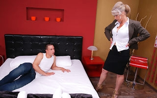 Prudish housewife pursuance say no to younger lover