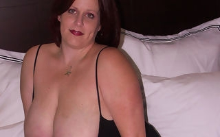 Fat breasted mama getting cum and study c touch on