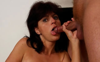 Strange mama gets a mouth plentiful cum