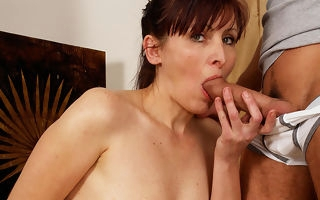 Horny housewife possessions takin drenching disposed to a pro