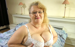 This big old lass wants cock and cum