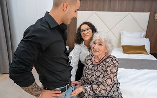 Horny grandma coupled with unusual young couple in ruinous threesome