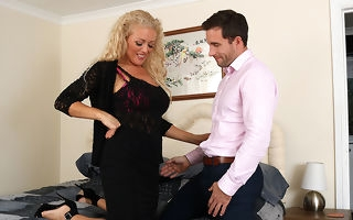 Hot British MILF Rebecca sucking and having it away