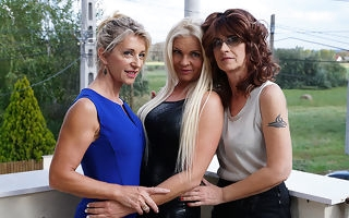 Three horny of a female lesbian housewives go wild